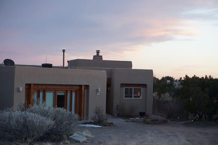 ArtiZen Abode: An Artisan/Yogi Home