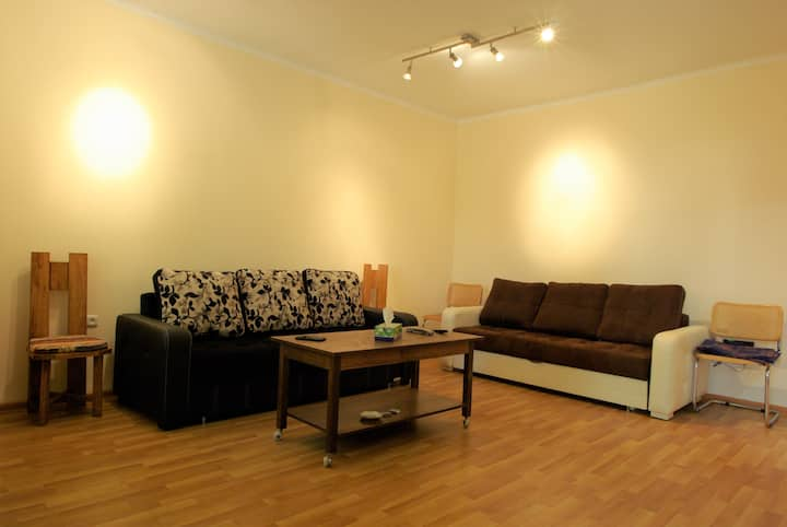 VD Apartment 2- 200 m from the Republic Square