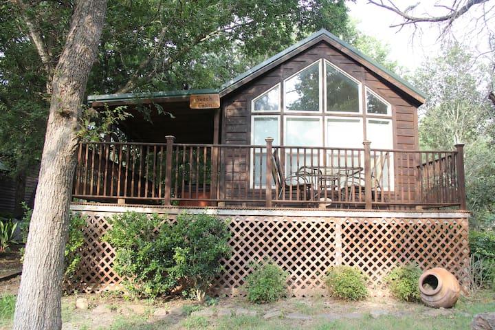 Mendelbaum Winery Peach Cabin - Fredericksburg - Cabaña