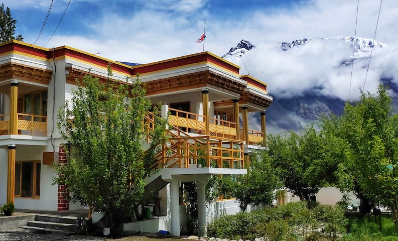 Organic Boutique Hunder Nubra, Ladakh