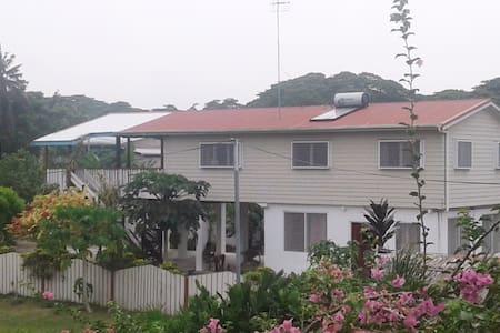 Talofa  Guesthouse - Honiara - Haus