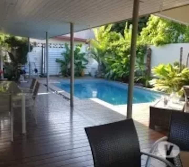 belle villa dans Nouméa proche des plages