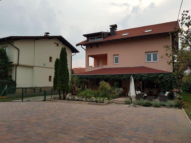 Wohnung Zagreb Nähe + Zahnarztes