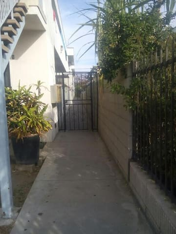 Home Away From Home - Inglewood - Apartamento
