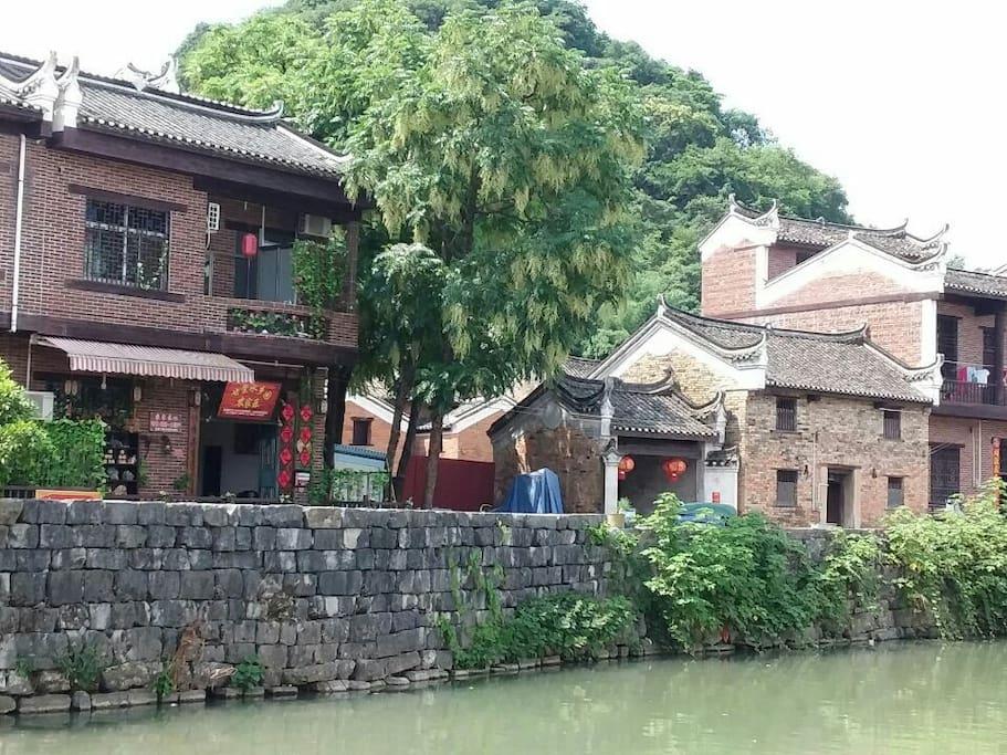 㴬沐河畔上的《甘棠水乡园农家乐》