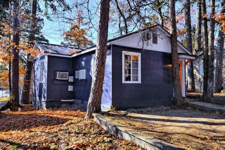 Wanderoo Cabin at Wanderoo Lodge