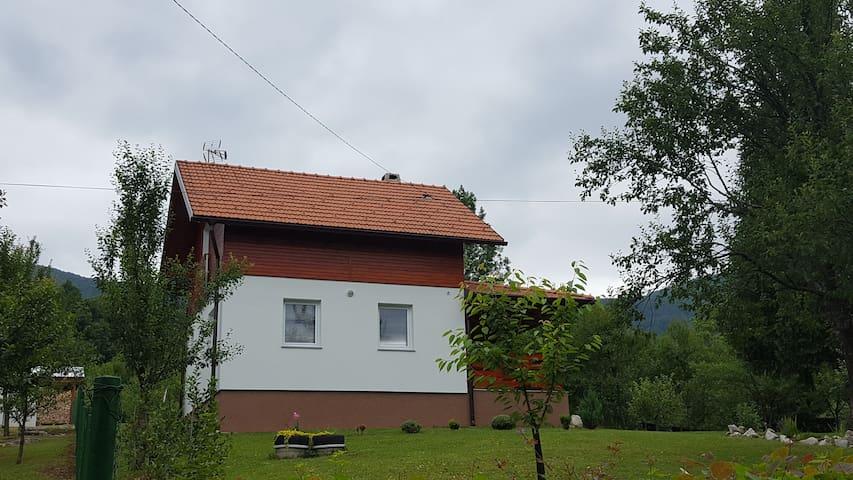 D.I.M. Holiday House, Plitvice Lakes - Selište Drežničko - บ้านพักตากอากาศ
