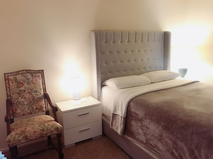 01 Cozy 1bedroom/1bath 7 mins drive to Disneyland