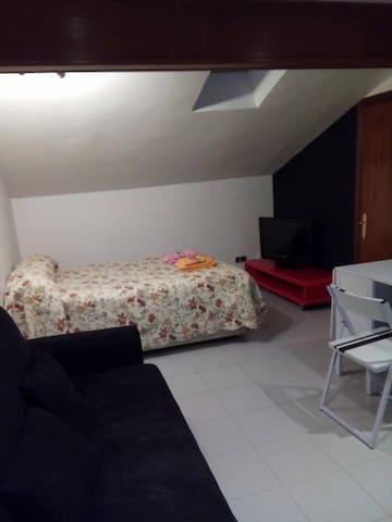 CASA RUIZ REYES HARO - Haro - Condominium