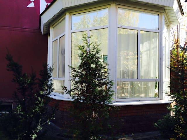Сдаеться дом 420м2 12 соток - Nemchinovka - House