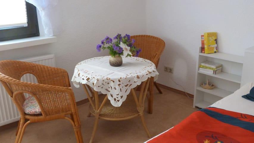 Zimmer für zwei mit Frühstück - Plau am See - Oda + Kahvaltı