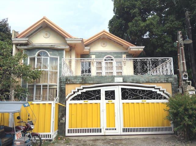 Casa Mia Bago City