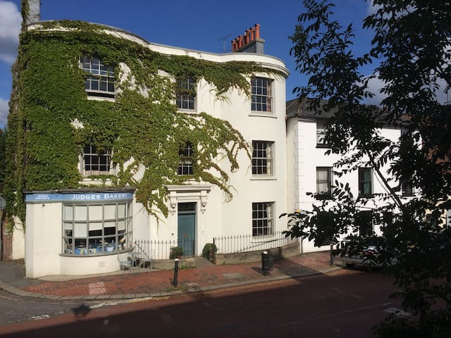 B&B in Regency house in East Sussex - Robertsbridge - Bed & Breakfast