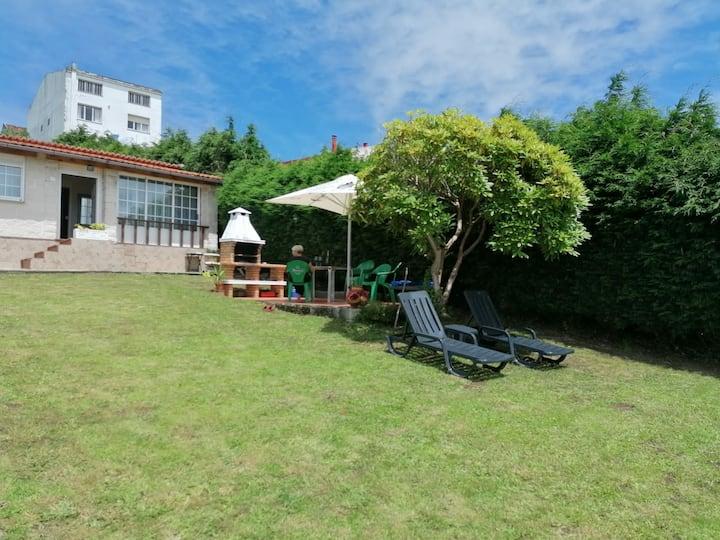 OFERTA!!! Preciosa casa con jardín y piscina