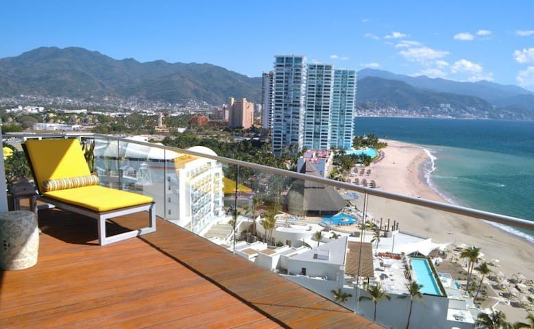 Amazing Ocean Views, 16th floor at Icon Vallarta - Puerto Vallarta - Pis