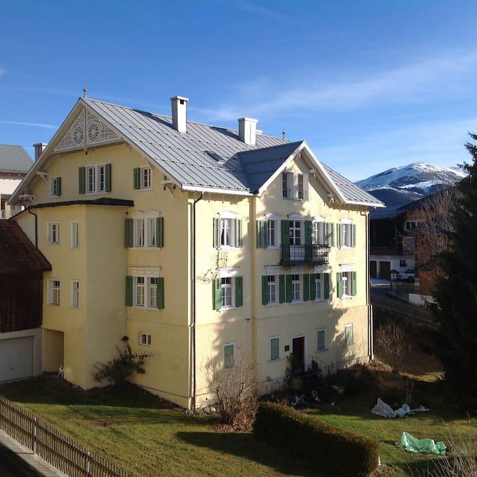Casa Latour