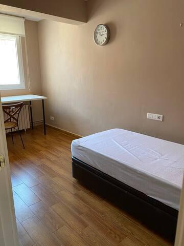 Υπνοδωμάτιο 4