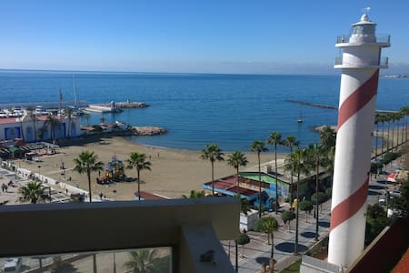 WIFI....Marbella 2000  Estudio  en paseo marítimo
