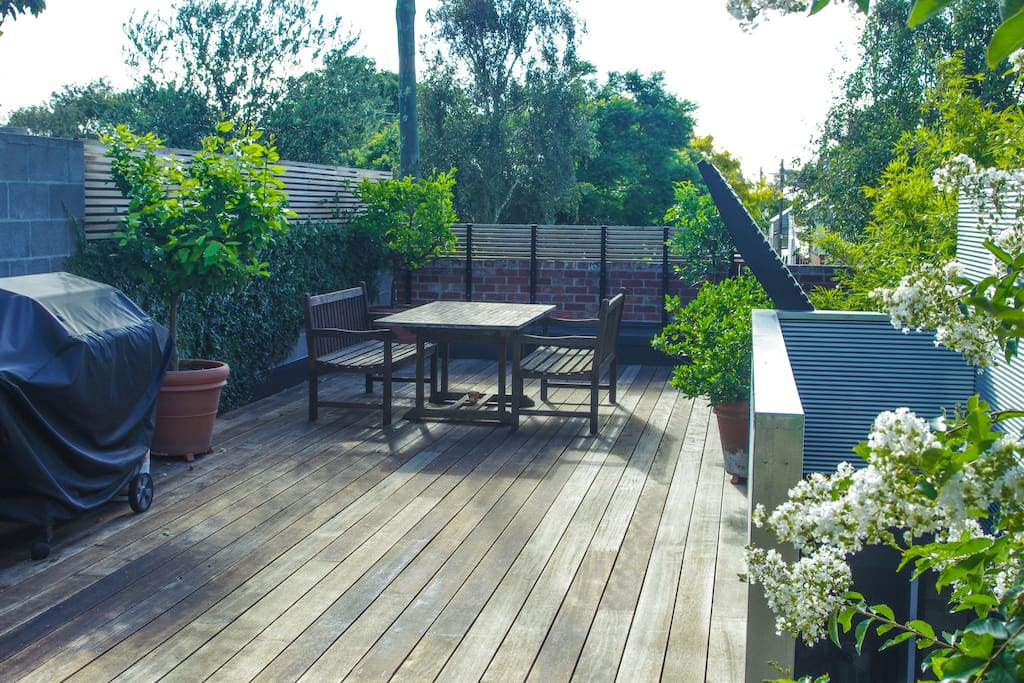 Spacious deck - enjoy!