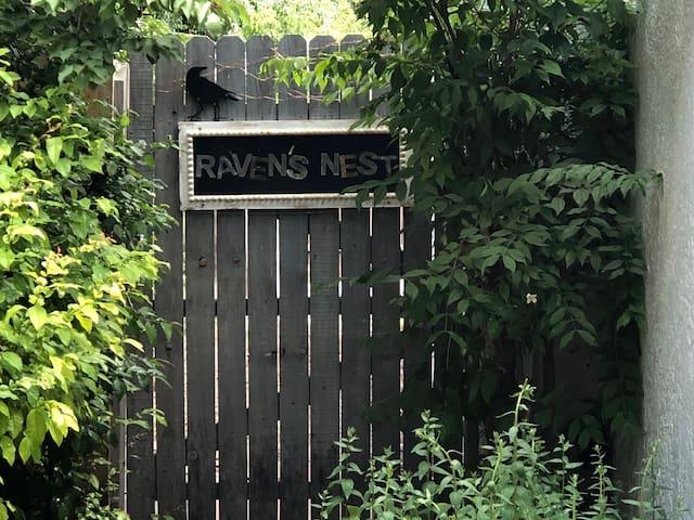 Raven's Nest Casita