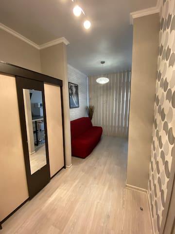 Квартира-студия, новый дом на Чайковского