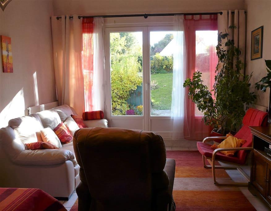 job voyage dolce vita gare bus airport maisons louer beauvais hauts de france france. Black Bedroom Furniture Sets. Home Design Ideas