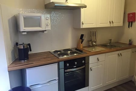 Ground floor 1 bedroom Apt for 4 - Blackpool