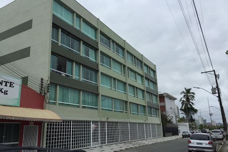 Apartamento a 50m da praia Caioba - Matinhos - Lejlighed