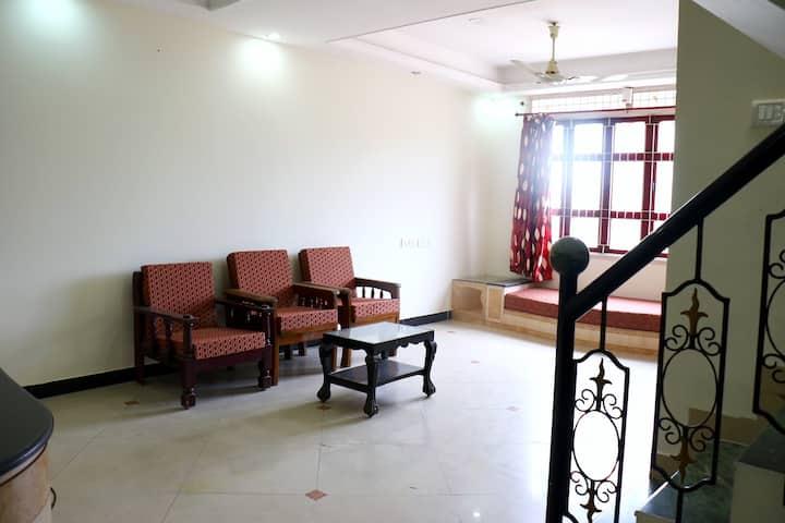 Duplex 2 Bedroom Apt - Anna Nagar West