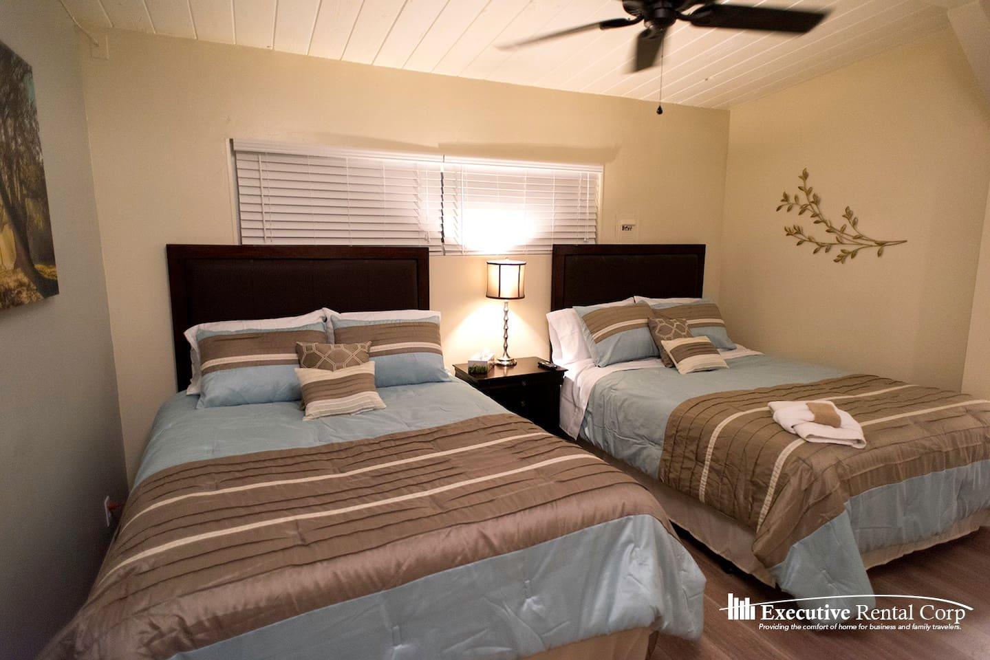 Martini Bedroom Suite Martini Suite 1 Bedroom Sleeps Six H10 Apartments For Rent In