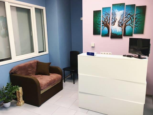 """hostel / room near Zhuliany airport """"Paris"""""""