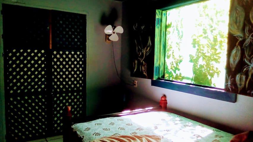Habitación con cama doble One Double bed