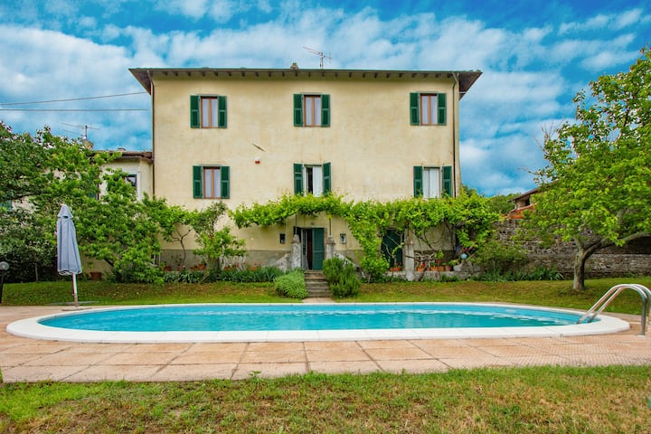 17th-c. villa w/ private pool and garden