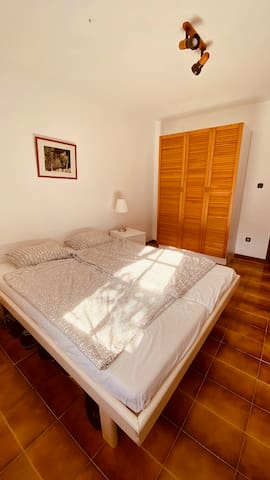 Eines der kleineren Schlafzimmer.