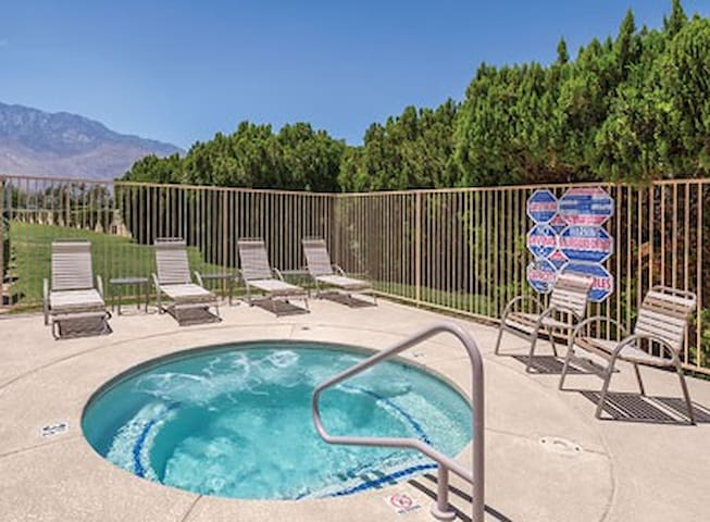 Palm Springs Plaza Resort & Spa - 1Bedroom/1bath