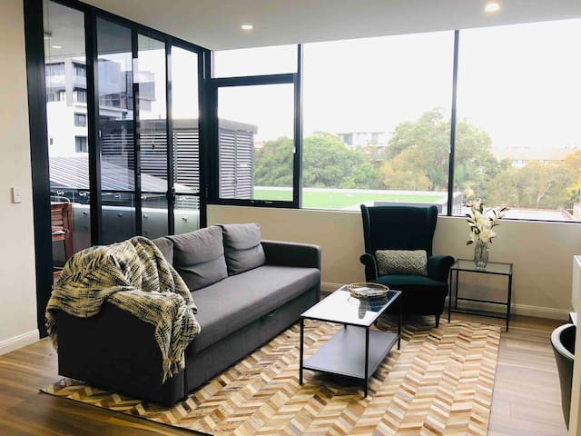 Modern and Comfortable one bedroom apt