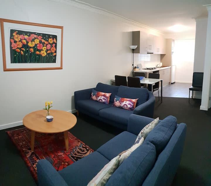 Mt Lawley Superb 2 BR  Luxury Minutes to CBD -Cen6