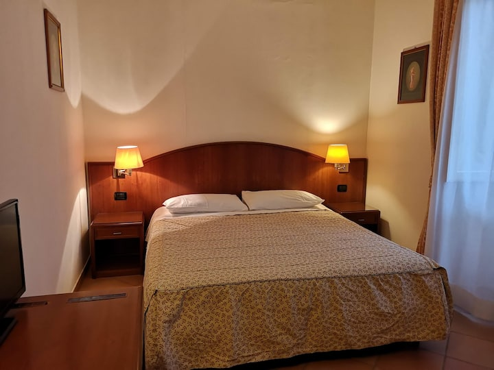 Comfy room near Metro C and univesity of rome