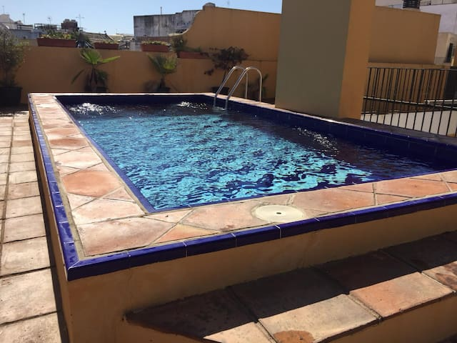 NEW APARTMENT ZONEONE ALL YEAR OPEN SWIMMING POOL