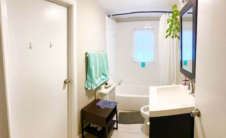SPARKLING CLEAN   Your Home in Mineola!