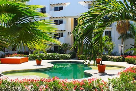 Beach & Down town walking distance - Cabo San Lucas - Apartemen