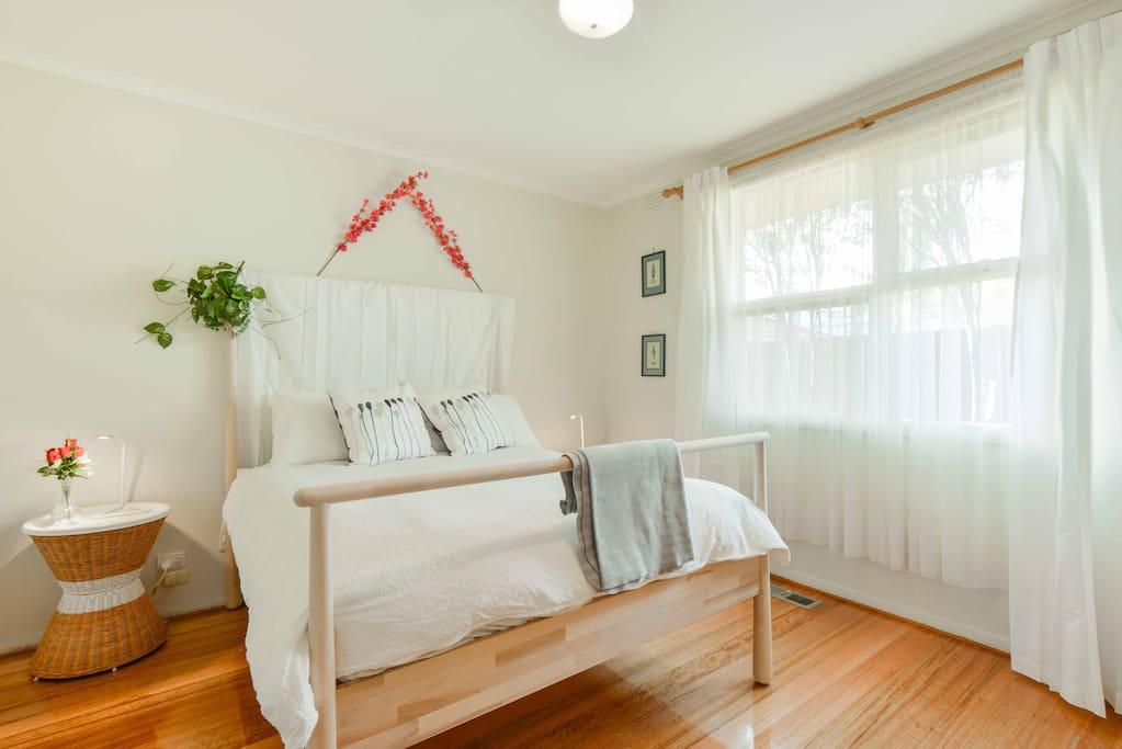 Bedroom 1: Queen bed
