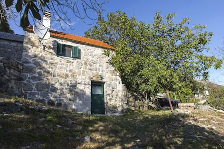 One bedroom Stone house, 200m from city center, in Gata