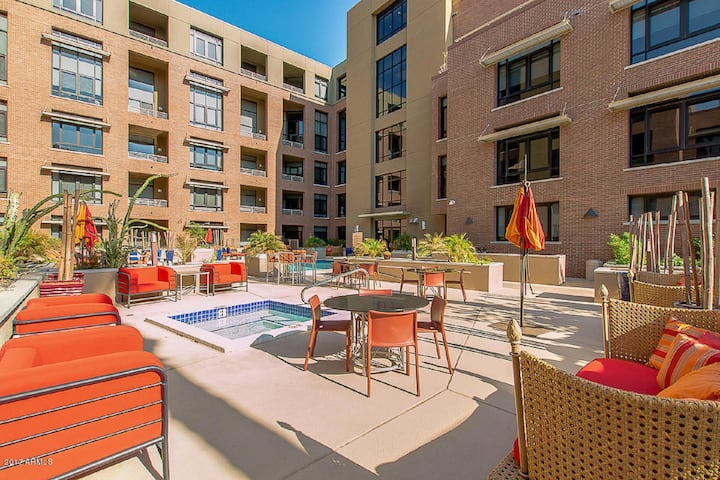 Old Town Scottsdale Loft-Gorgeous Corporate Rental