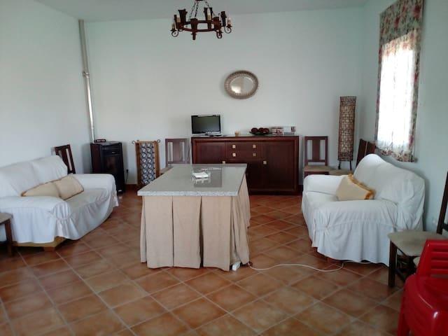 Casa en el campo - Fernán-Núñez - Alpehytte