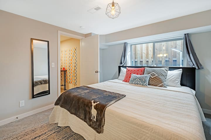 Attractive and Affordable Suite in Alberta Arts