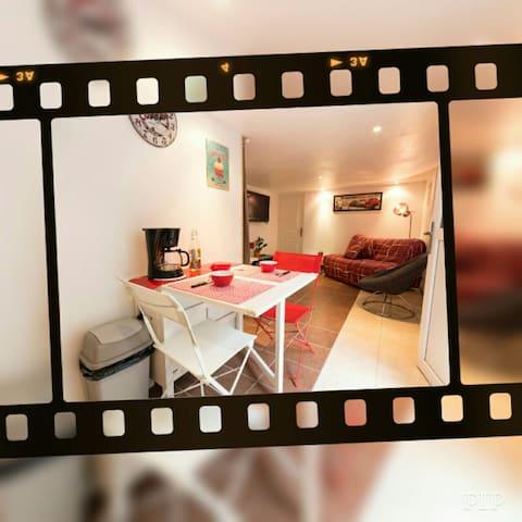 Studio proche  Grenoble-24/24h