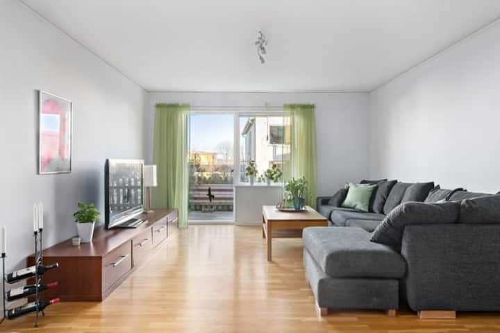 Härlig lägenhet på Björkö. Nära bad och Gbg City.