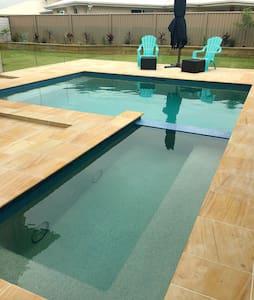 Brand new pool house - Pottsville - Pensió