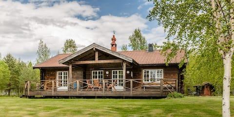 Swedish Lake-side cottage